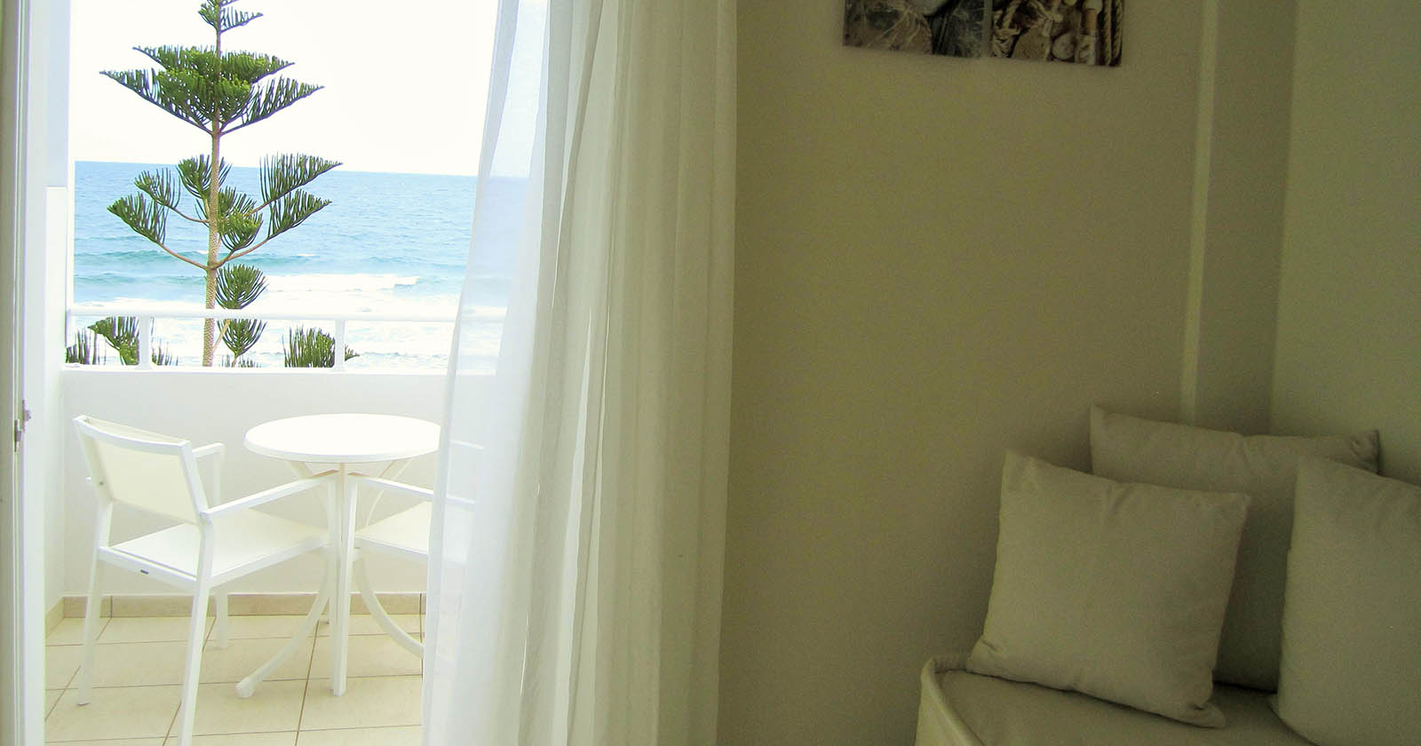 Hotel Keys – Petradi Beach Lounge Hotel (23)