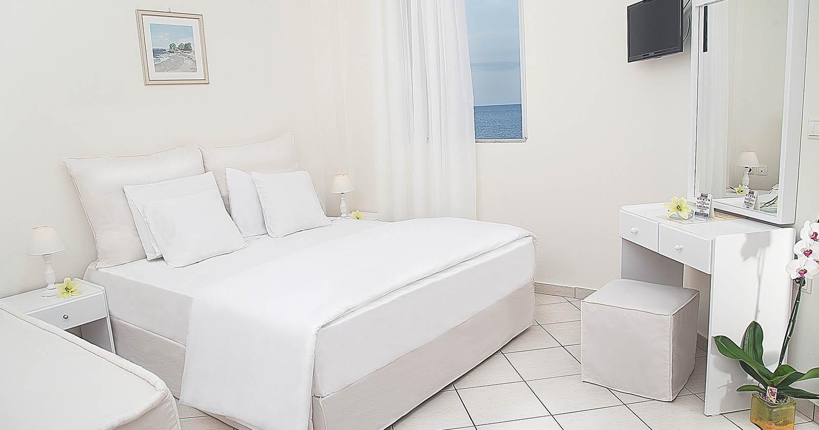 Hotel Keys – Petradi Beach Lounge Hotel (31)