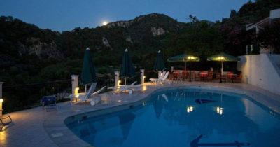 Hotel Keys – Daphne Samos (14)