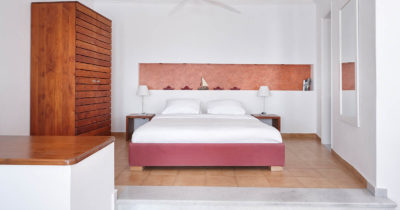 Hotel Keys – Manos Small World Hotel (14)