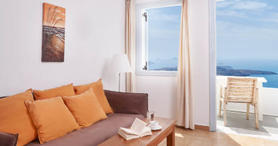 Hotel Keys – Manos Small World Hotel (4)