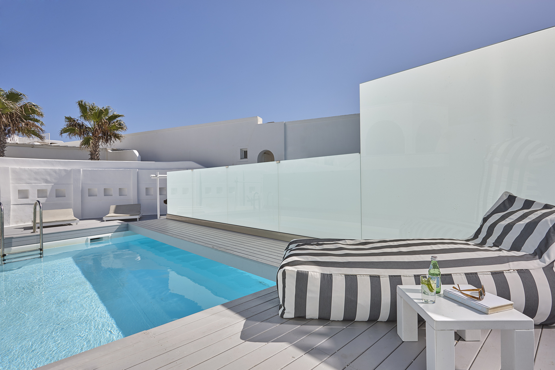 Suite Plunge Pool Sea View